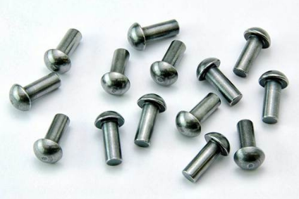 Round Head Solid Rivets